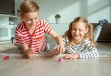 Dziecięca wyobraźnia: 3 zabawy dla dzieci, które wspomogą jej rozwój